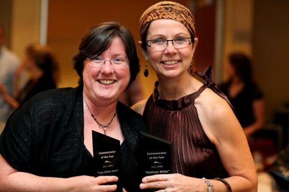 Lisa Elliott Diehl (left) and Kathryn Witte were honored Oct. 19 as co-Communicators of the Year by colleagues from across the United Methodist denomination. UMNS photos by Kathleen Barry.