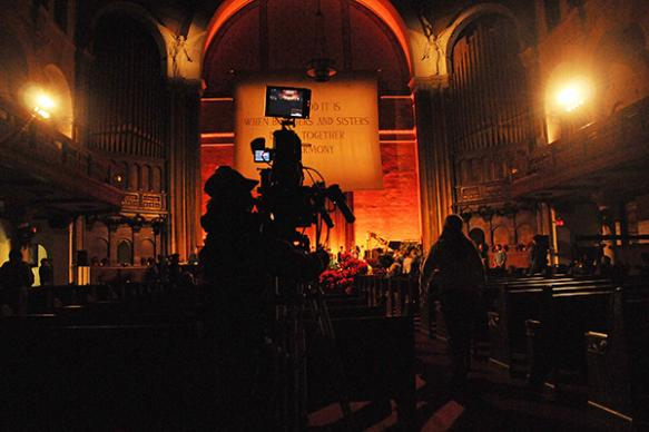 A camera operator lines up shots of lessons and carols during a pre-broadcast rehearsal for the CBS Christmas Eve special at the Church of St. Paul and St. Andrew, United Methodist, in New York. A UMNS photo by John C. Goodwin.