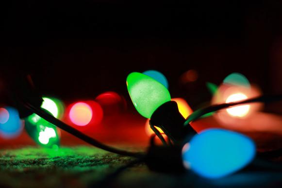 Christmas lights remind us that Jesus is the light of God who has come to dwell among us. Photo by Ben Morlok, courtesy of Flickr.