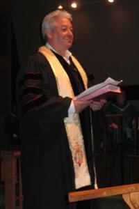 The Rev. Dennis Perry preaching at Aldersgate UMC.