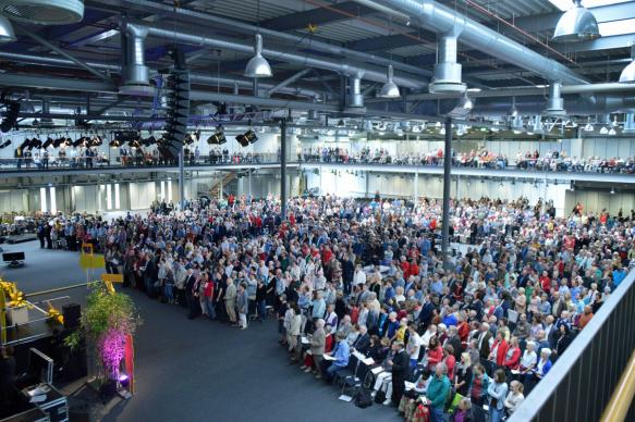 Ordination services are typically hosted by annual conferences around their yearly gatherings.  Photo by Klaus Ulrich Ruof, United Methodist Communications Germany.