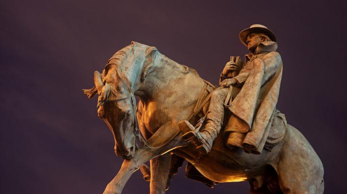 Sculpture of Francis Asbury in the Mount Pleasant neighborhood of Washington, D.C. Photo by Mark Maguire, courtesy of Creative Commons.