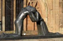 Reconciliation by Vasconcellos. Photo by Martinvl, courtesy Wikimedia Commons