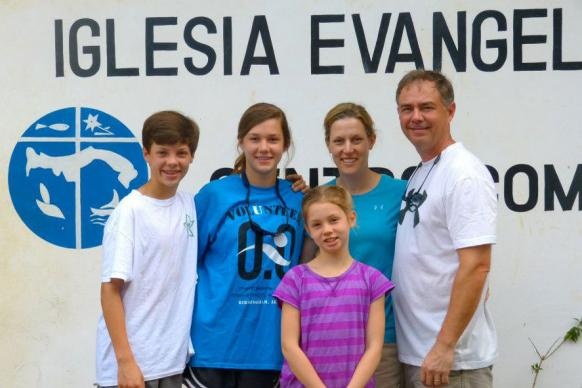 The Sink family has attended several spring break mission trips to Panama. Photo courtesy of Rachel Estes.