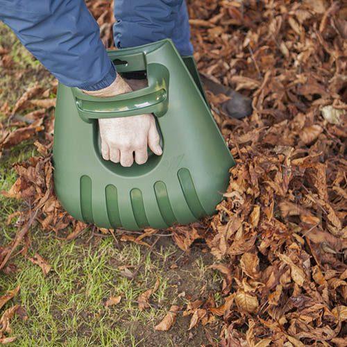 Hand Held Garden Leaf Grabbers