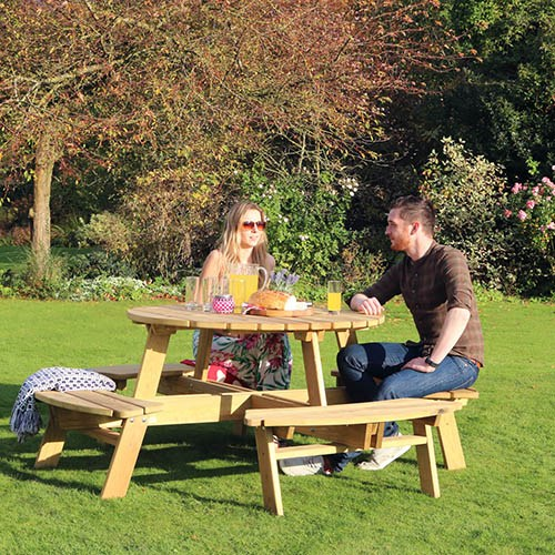 Poppy Round Picnic Table