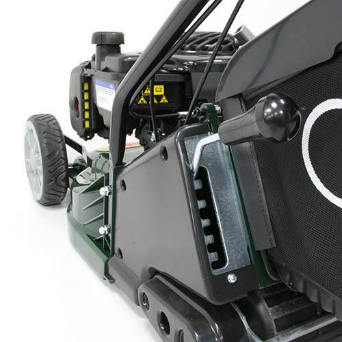 Webb RR17SP 17 Self Propelled Petrol Rear Roller Rotary Lawn Mower