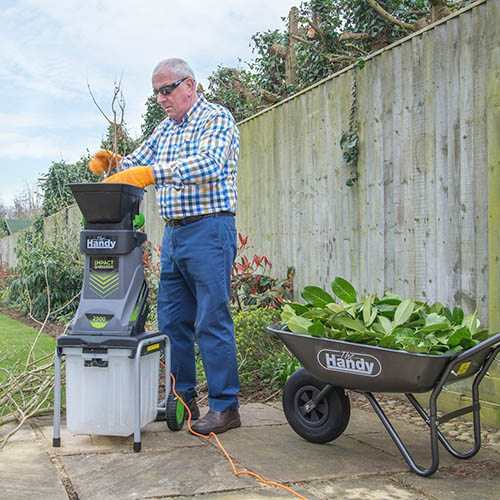 The Handy 2500 Watt Impact Shredder c/w Collection Box