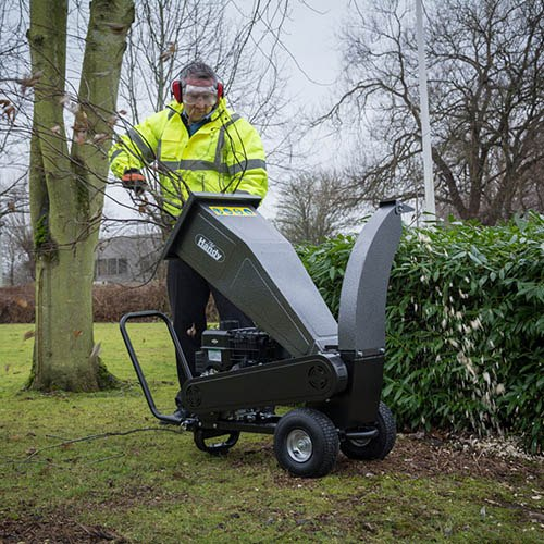 The Handy Petrol Chipper/Shredder 2.25