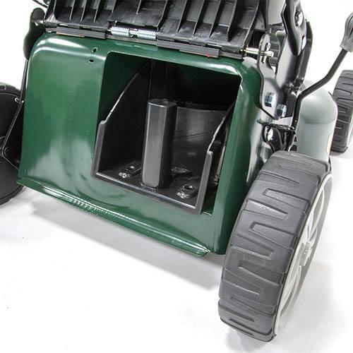 Webb R18SP 18 Self Propelled Steel Deck Petrol Rotary Mower