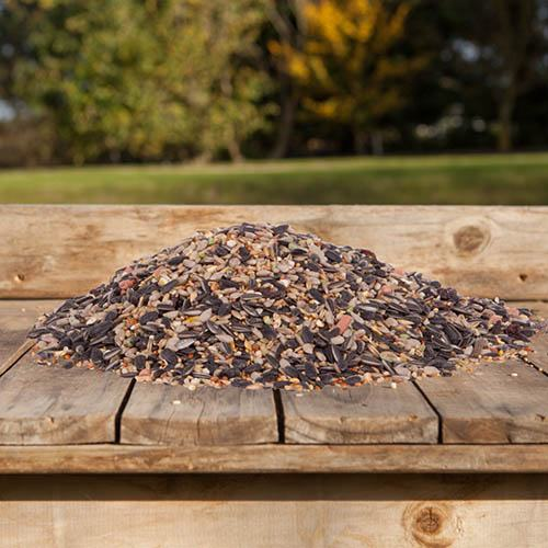 DeLuxe 14 Ingredient Wild Bird Food Mix 12.75kg