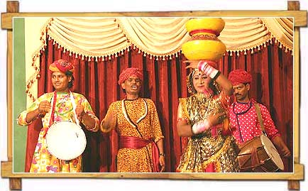 http://store.zcubes.com/00CB4F1FF338456686A10AEE6024B538/Uploaded/rajasthan-folk-dance.jpg