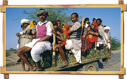 http://store.zcubes.com/00CB4F1FF338456686A10AEE6024B538/Uploaded/rural-life-rajasthan.jpg