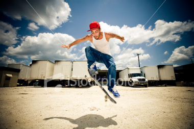 http://store.zcubes.com/11ECC40A0FF743868220689E7F173C1A/Uploaded/ist2_3533500_skateboarding_with_a_kangaroo_shadow.jpg