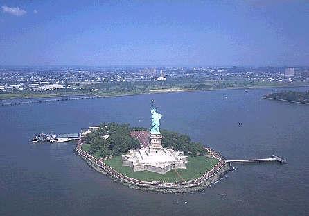 http://store.zcubes.com/466A6CC3E51E423DA07CA97D3AAC8170/Uploaded/newyork1.jpg