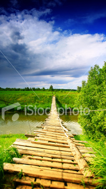 http://store.zcubes.com/7F1386DF18D14A0CAAFA54C4E278106D/Uploaded/ist2_3559718_bridge_to_heaven.jpg