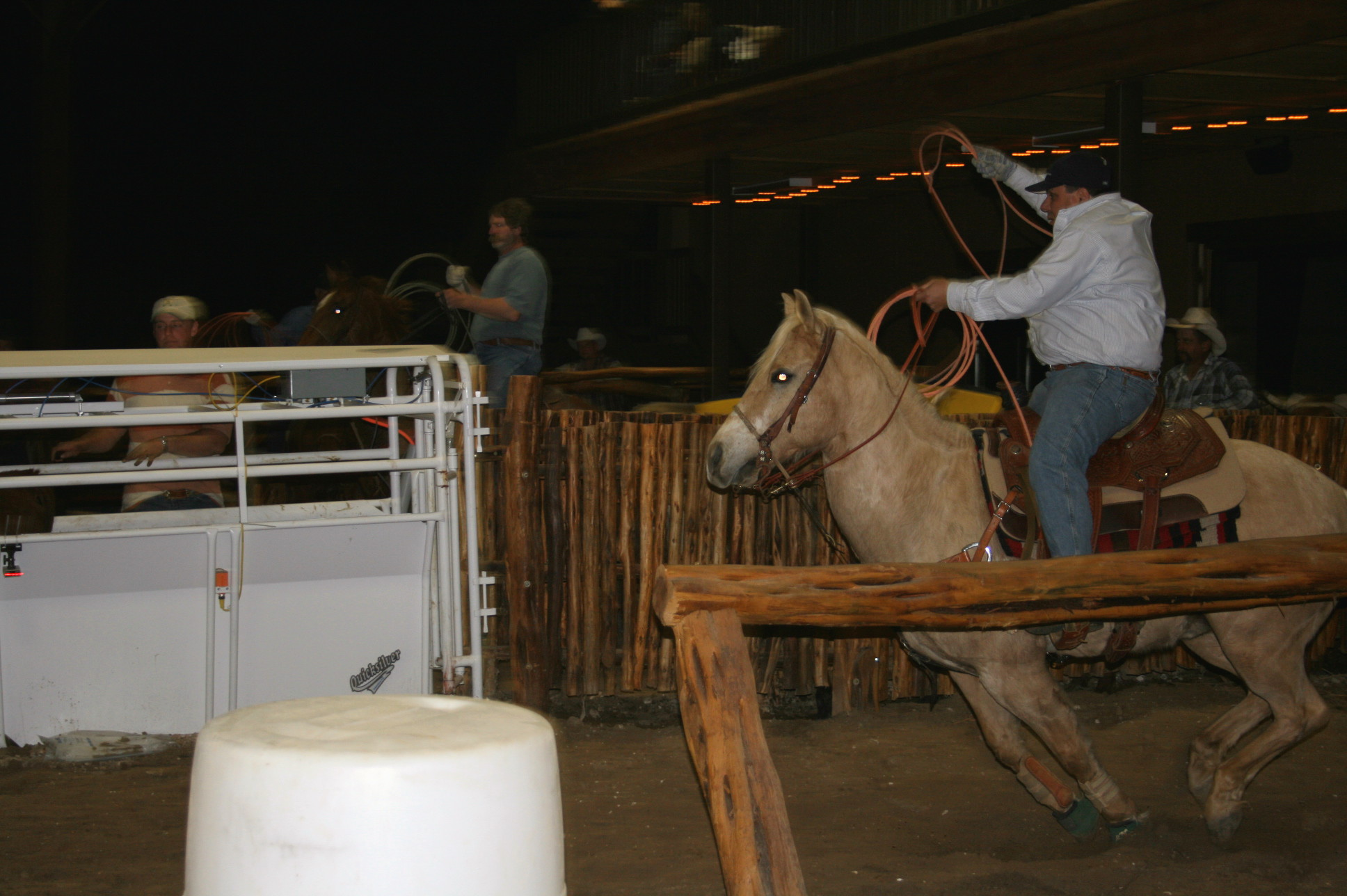 http://store.zcubes.com/C49CEADC5B984C1EAA8AC4996A38595D/Uploaded/Allcat%20Team%20Roping_2006.jpg