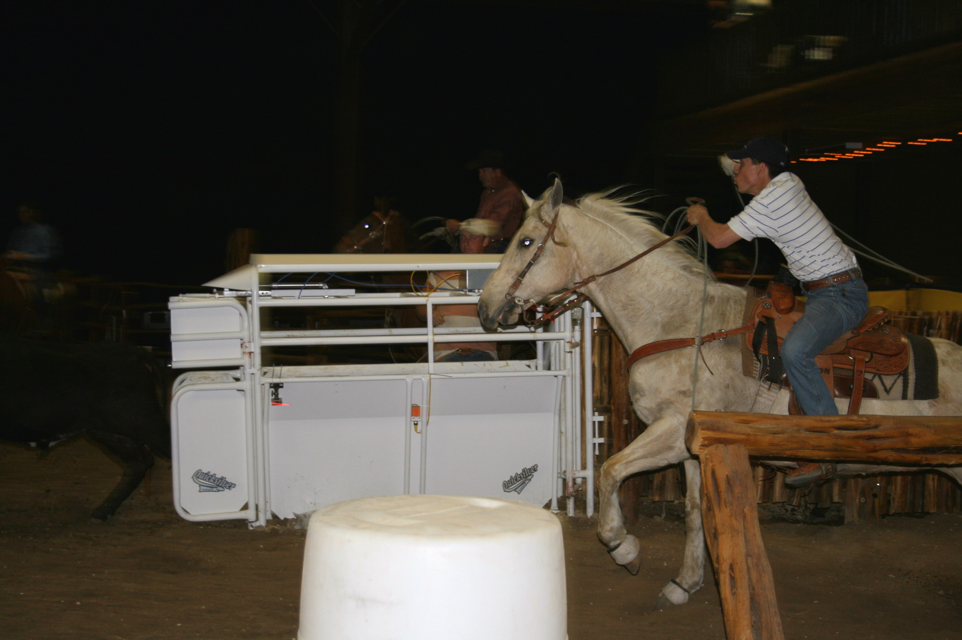 http://store.zcubes.com/C49CEADC5B984C1EAA8AC4996A38595D/Uploaded/Allcat%20Team%20Roping_2013.jpg