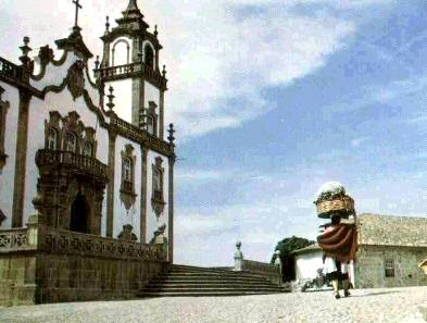 http://store.zcubes.com/F794E6E5F28249E4B27F2812F65F236D/Uploaded/portugal.jpg