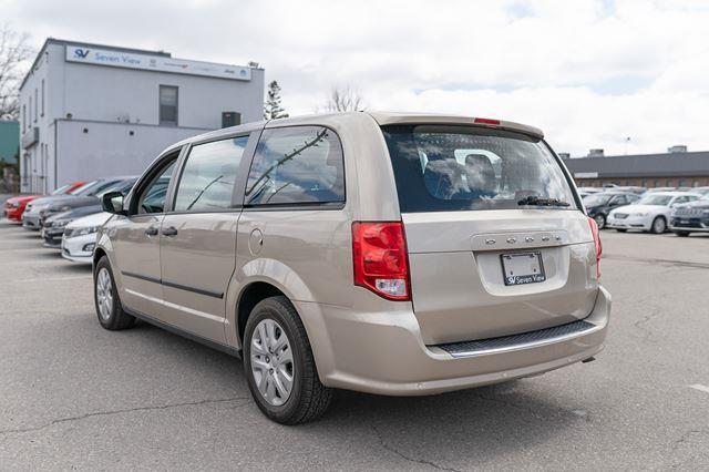Dodge Caravan 3