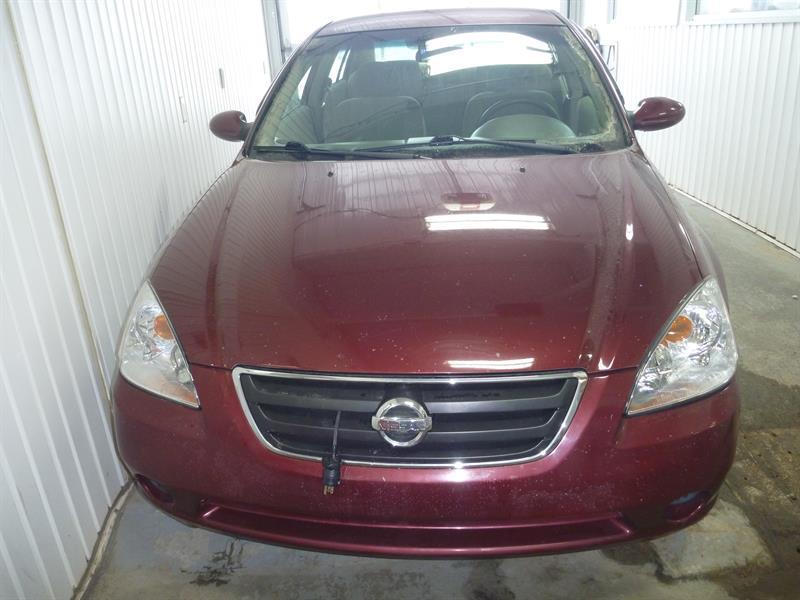 Nissan Altima 3