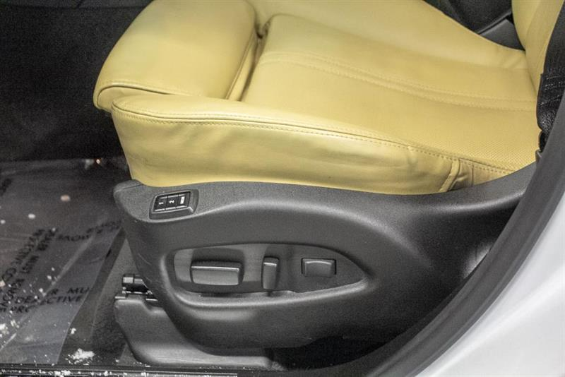 Cadillac SRX 25