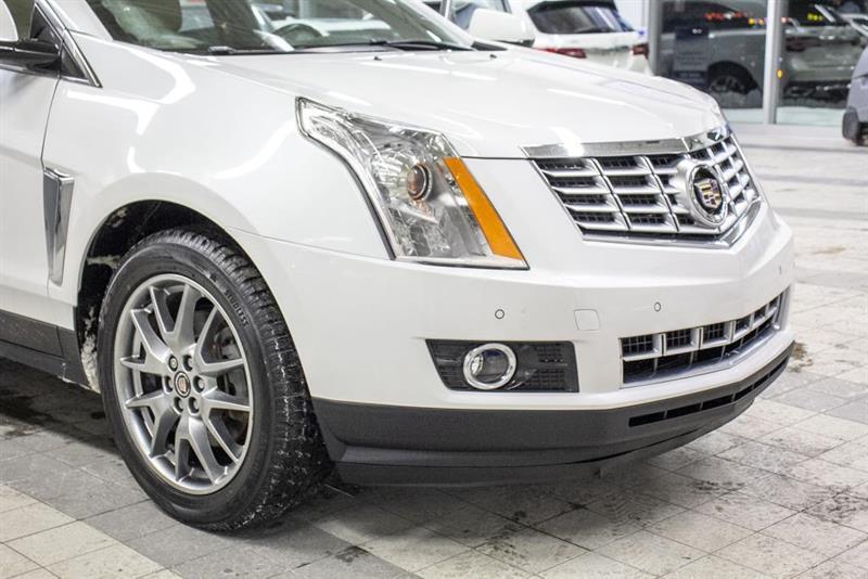 Cadillac SRX 30