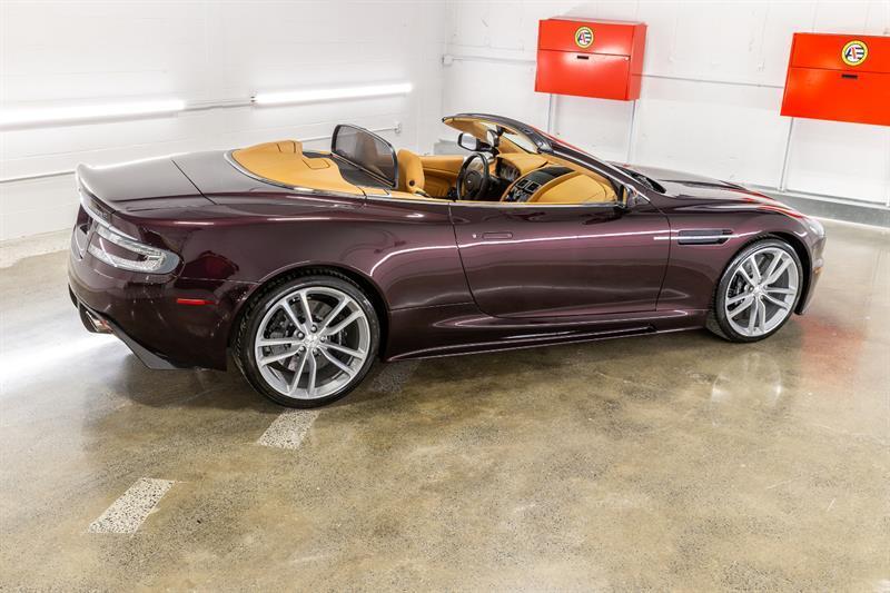 Aston Martin DBS Volante 3