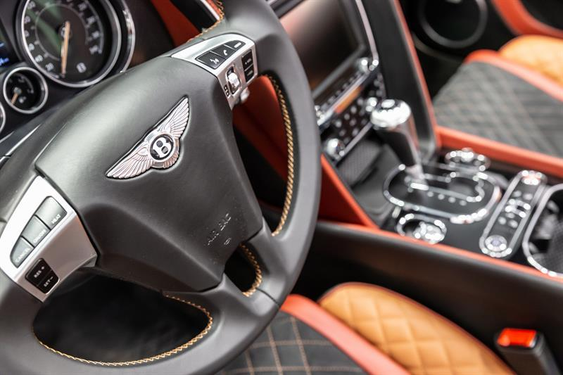 Bentley Continental 20
