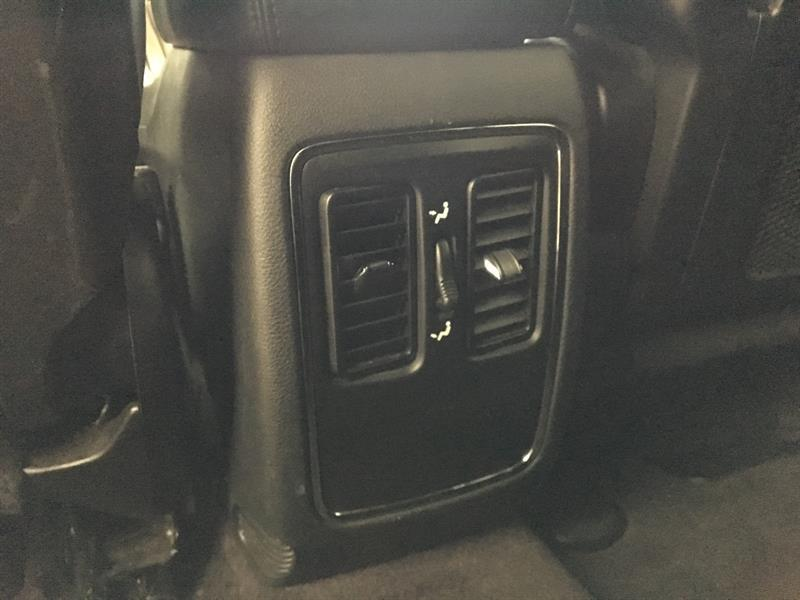 Jeep Grand Cherokee 28