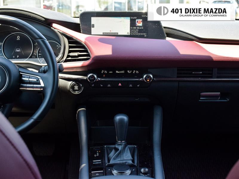 Mazda 3 Sport 21