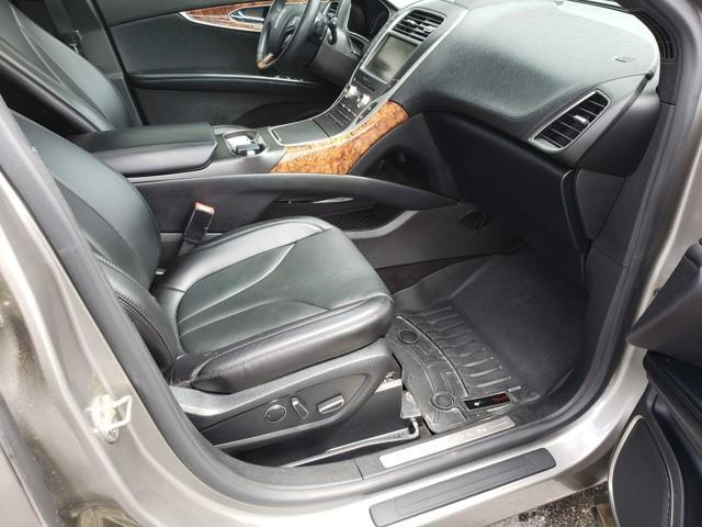 Lincoln MKX 13