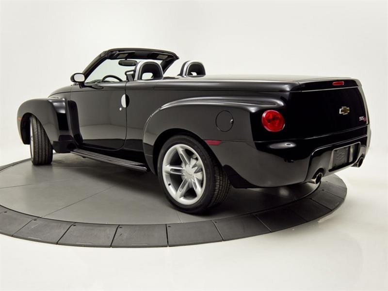 Chevrolet SSR 3