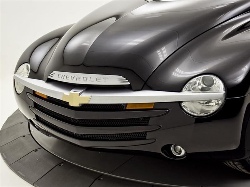 Chevrolet SSR 12