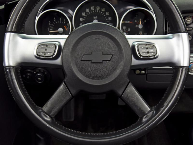 Chevrolet SSR 21