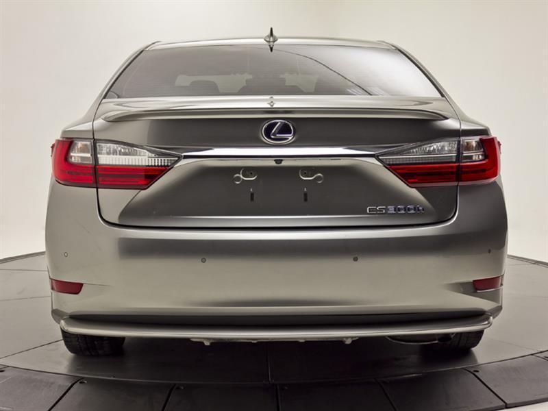 Lexus ES 300h 4