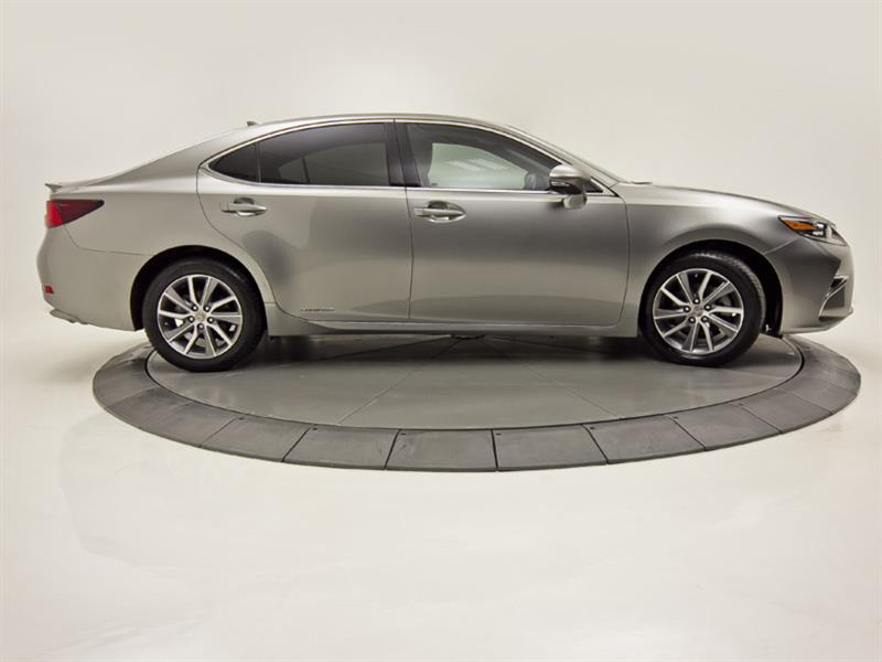 Lexus ES 300h 6