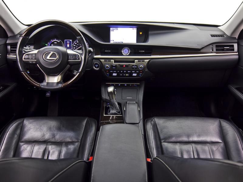 Lexus ES 300h 20