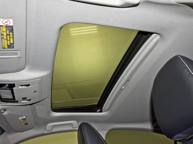 Lexus ES 300h 31