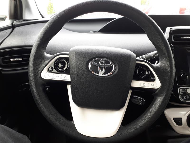 Toyota Prius 28