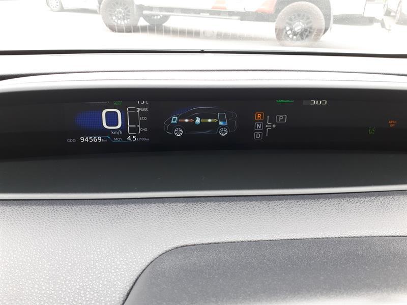Toyota Prius 32