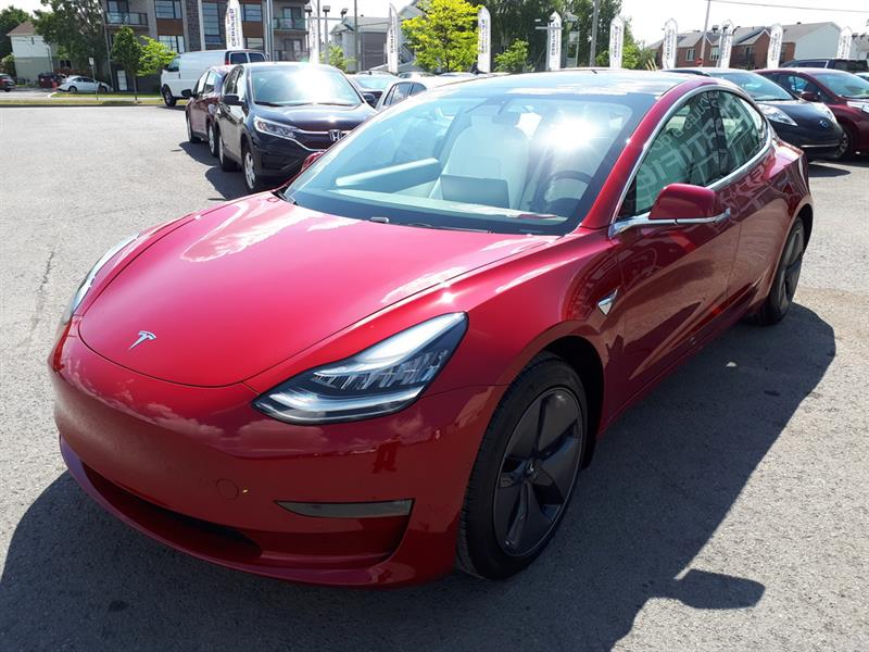 Tesla Model 3 MID RANGE - RWD - FSD - 19 432 2018