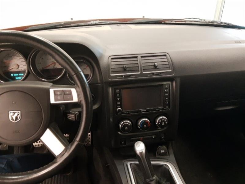 Dodge Challenger 15