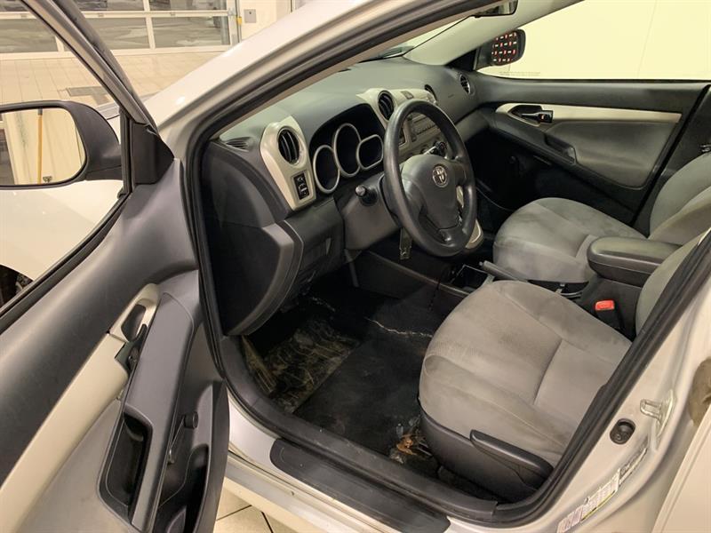 Toyota Matrix 8