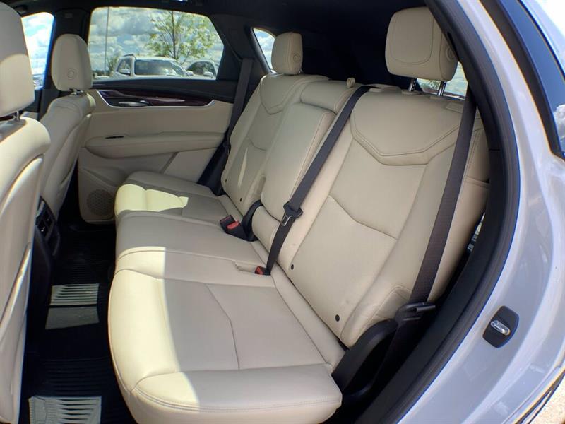 Cadillac Xt5 21