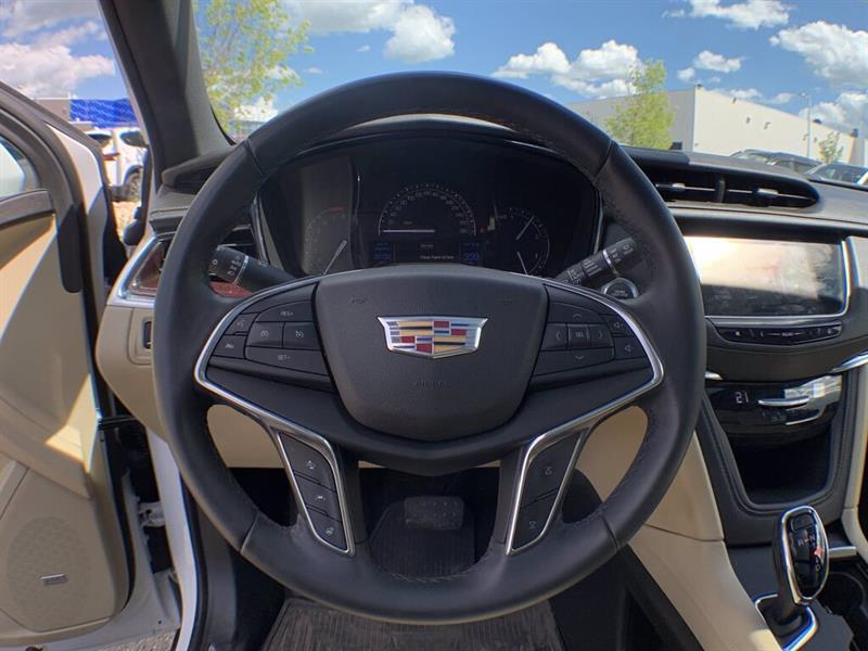 Cadillac Xt5 25