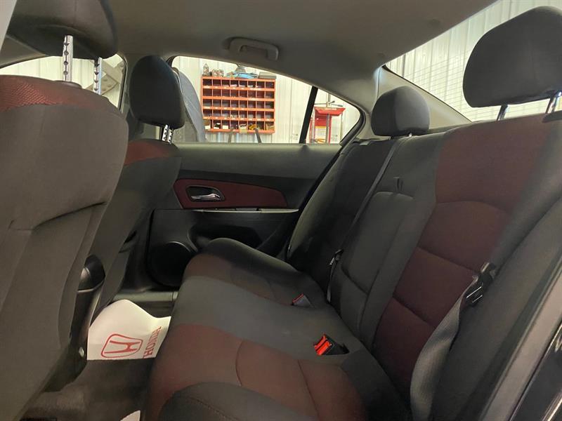 Chevrolet Cruze 30