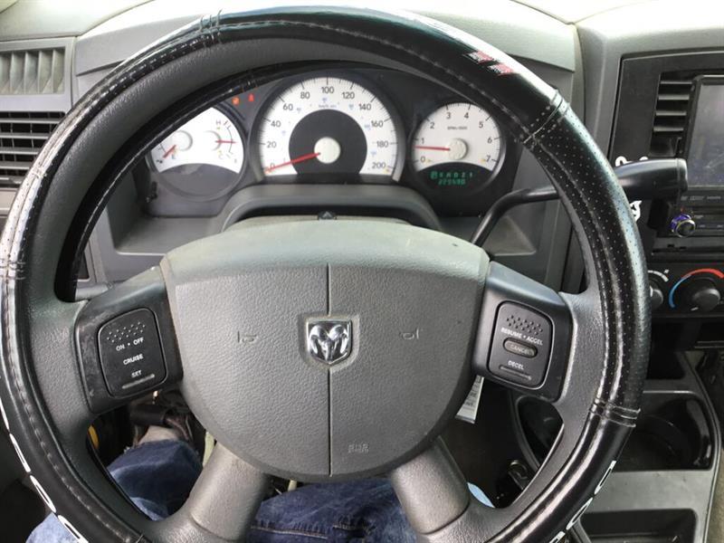 Dodge Dakota 9