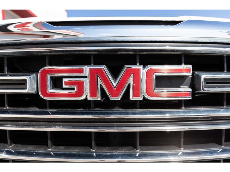 GMC Sierra 11