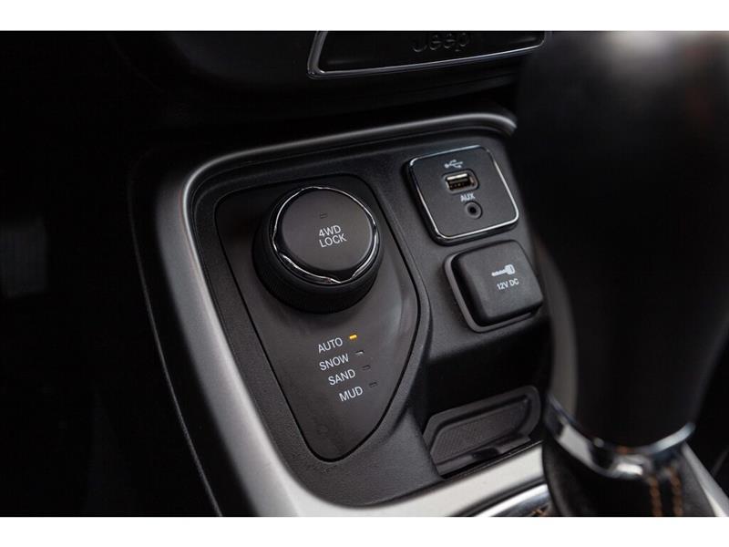 Jeep Compass 24